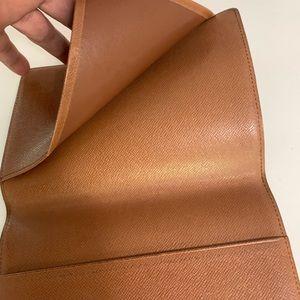 Louis Vuitton Bags - Louis Vuitton passport holder/case